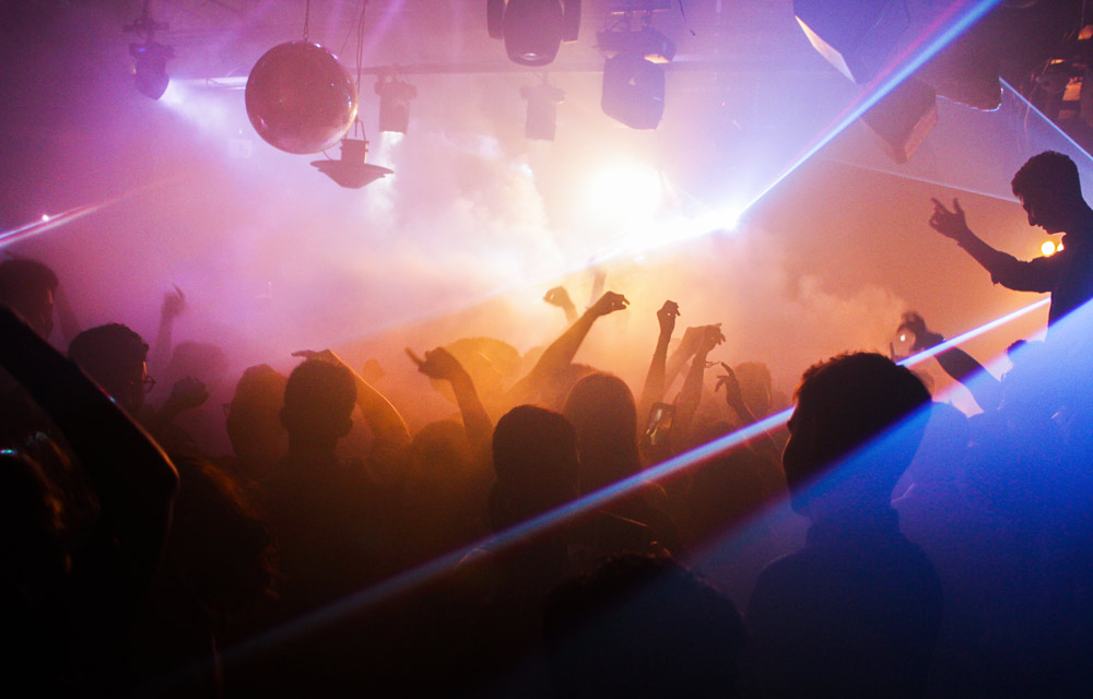 10 tips to organise the best student party