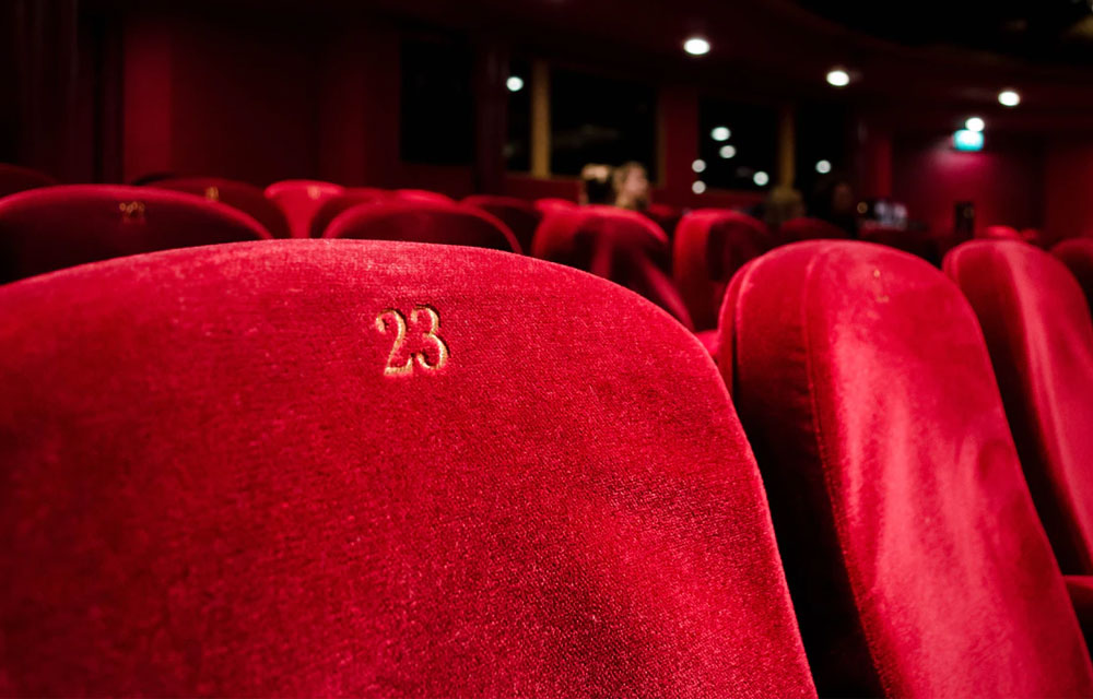 Allocated and distanced seating: Take action with Weezevent
